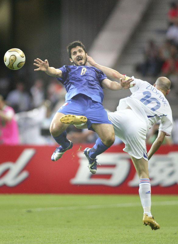 Wat heeft Zidane toch tegen die Italianen?