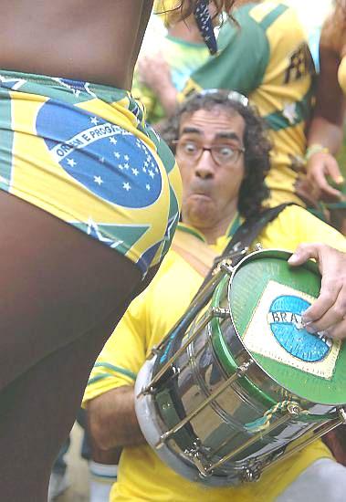Hoe haal je een Brazilliaanse trommelaar uit zijn ritme?