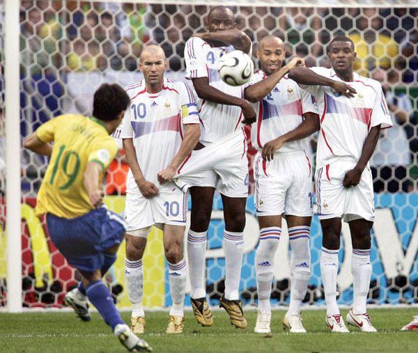 Die Zidane kon ook van niemand afblijven deze WK